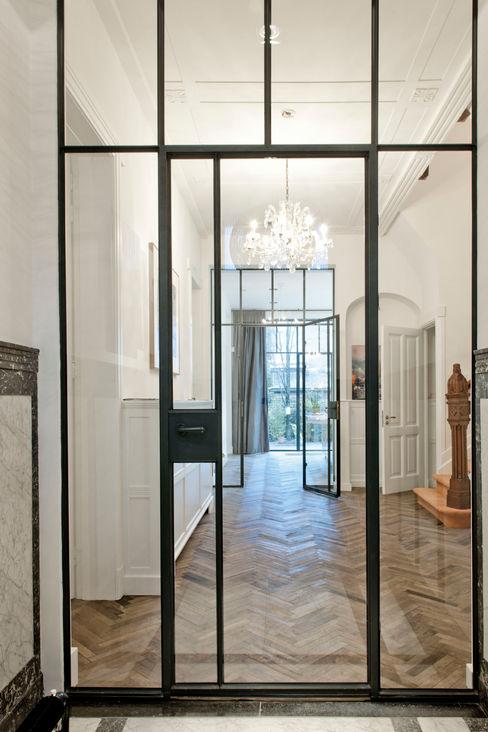 stalen kozijnen Studio Kuin BNI Industriële gangen, hallen & trappenhuizen Metaal Zwart