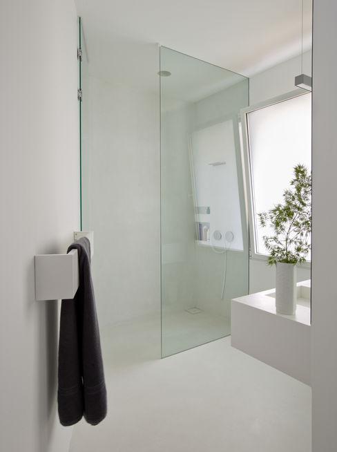 ÁBATON Arquitectura 現代浴室設計點子、靈感&圖片