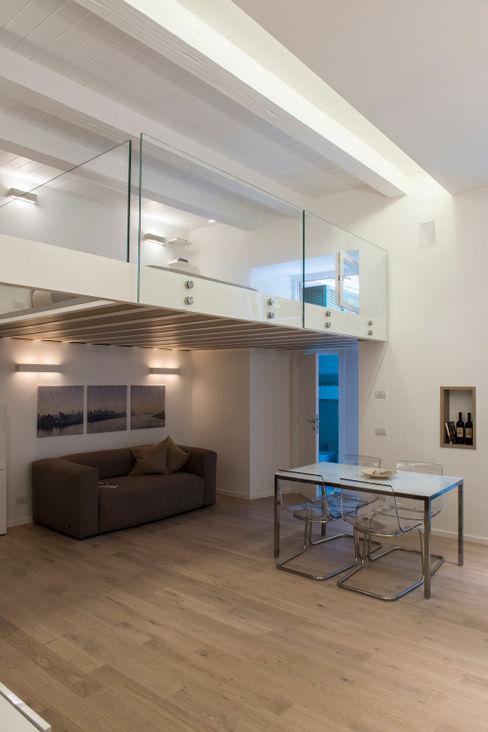STUDIO ACRIVOULIS Architettra + Interior Design Living room Wood White