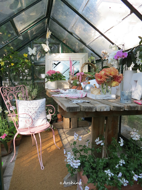 Arching - Architettura d'interni & home staging Country style conservatory Wood Pink