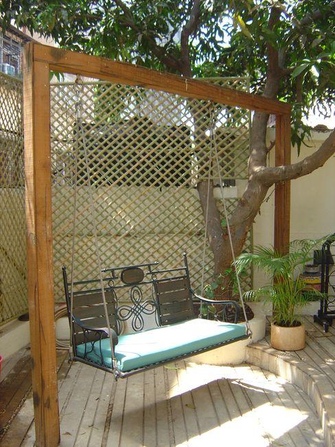 Garden landscape for Bungalow at Chembur Land Design landscape architects Tropical style garden