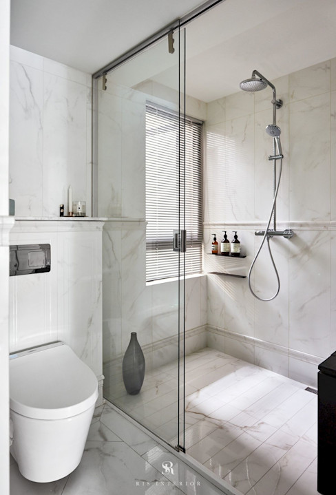 小.曲折|Anti-Sinuous 理絲室內設計有限公司 Ris Interior Design Co., Ltd. 浴室 White