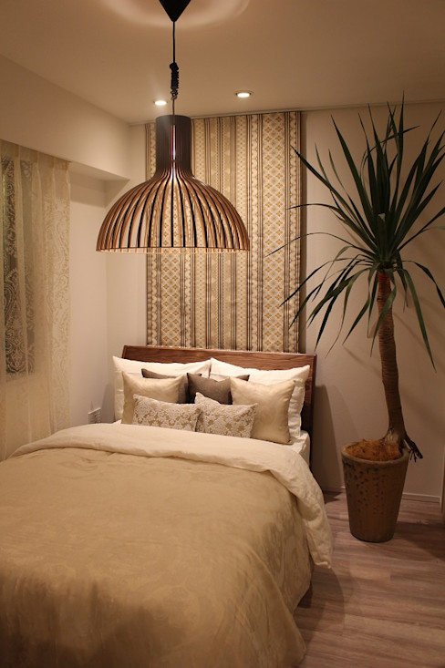 Model Room A 都会の生活を忘れさせる空間 85inc. オリジナルスタイルの 寝室 木 ベージュ