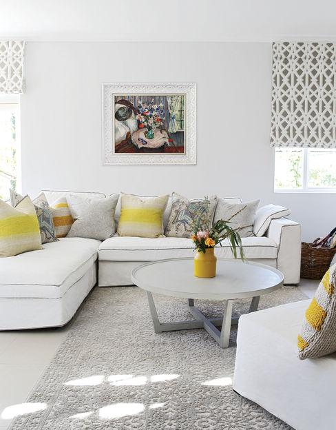 Natalie Bulwer Interiors Ausgefallene Wohnzimmer Gelb