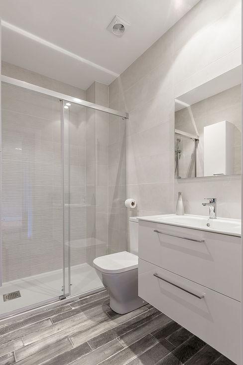 Baño Basoa Decoración Modern style bathrooms