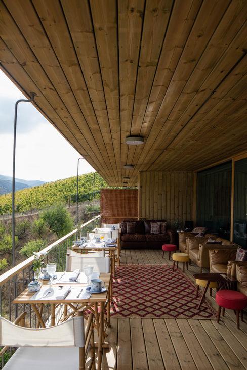 RUSTICASA Modern hotels Wood Wood effect