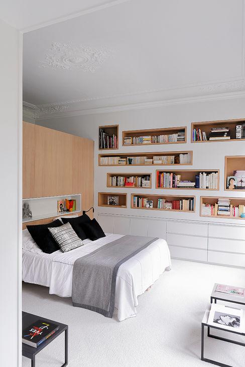 Apartment XI STUDIO RAZAVI ARCHITECTURE Modern style bedroom