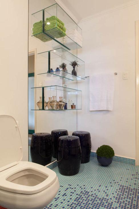 RK Arquitetura & Design BathroomStorage Glass Transparent