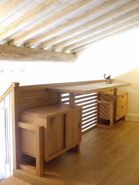 soppalco con scrivania/parapetto in legno massello di rovere, finitura olio e cera l'albero bello Camera da letto eclettica Legno massello Effetto legno