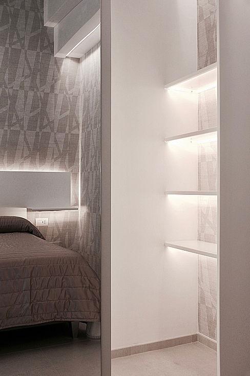 dettaglio armadio in metallo nicola castellano   designer Hotel in stile minimalista Metallo Bianco