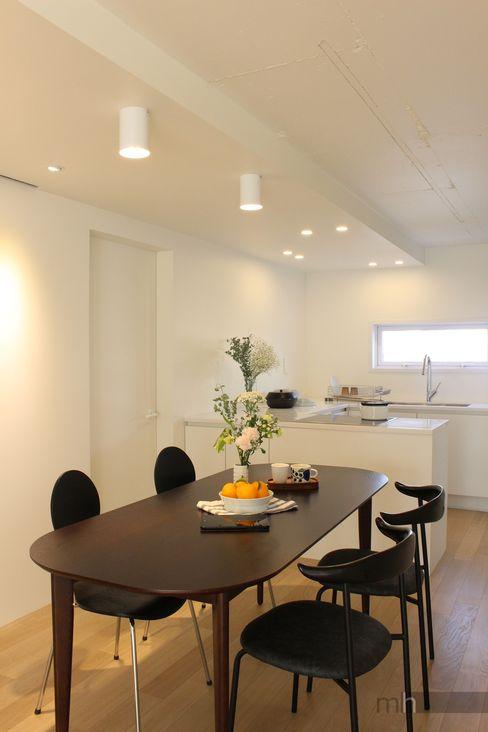 minimalhouse Minimalist media room