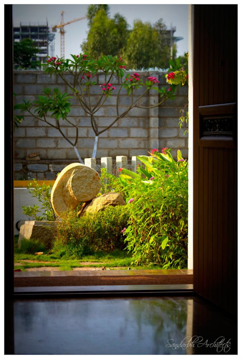 Temple Bells - Arati and Sundaresh's Residence Sandarbh Design Studio ArtworkSculptures