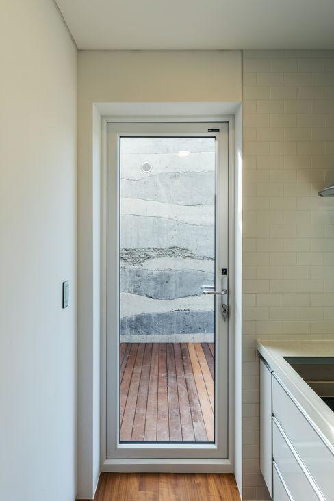 stpmj Modern style doors