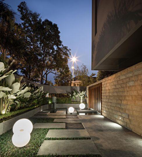 S+I House DP+HS Architects Taman Modern