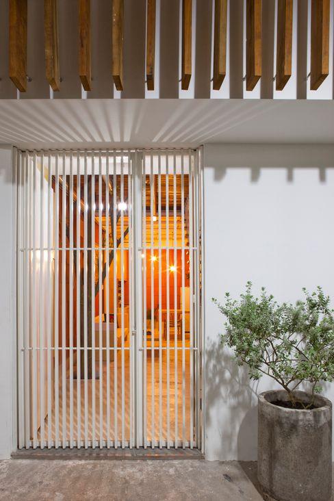 a21studĩo Modern walls & floors