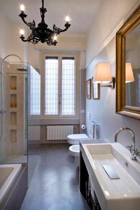 bagno Costa Zanibelli associati Bagno in stile classico Cemento Beige