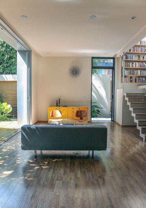 Casa Nirau PAUL CREMOUX studio Puertas modernas