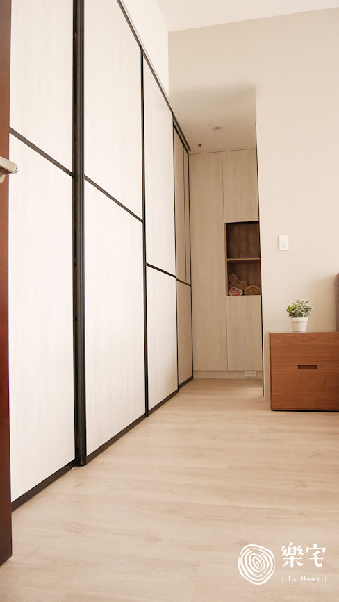 . 樂宅設計 系統傢俱 Eclectic style dressing rooms