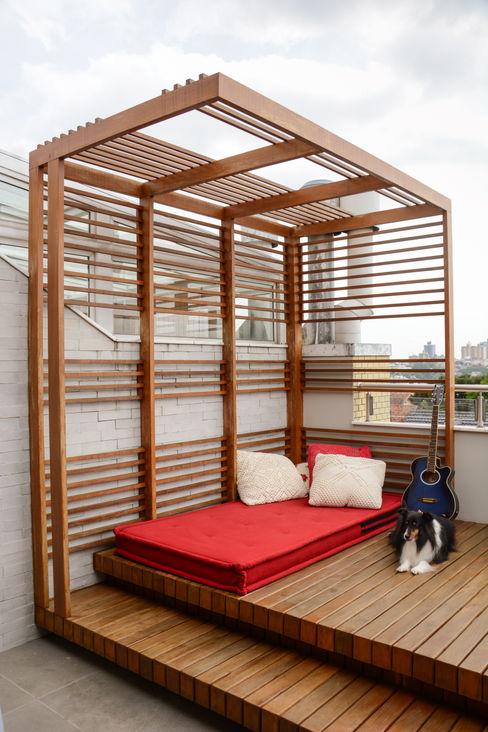 Residência KES Bloco Z Arquitetura Varandas, alpendres e terraços ecléticos