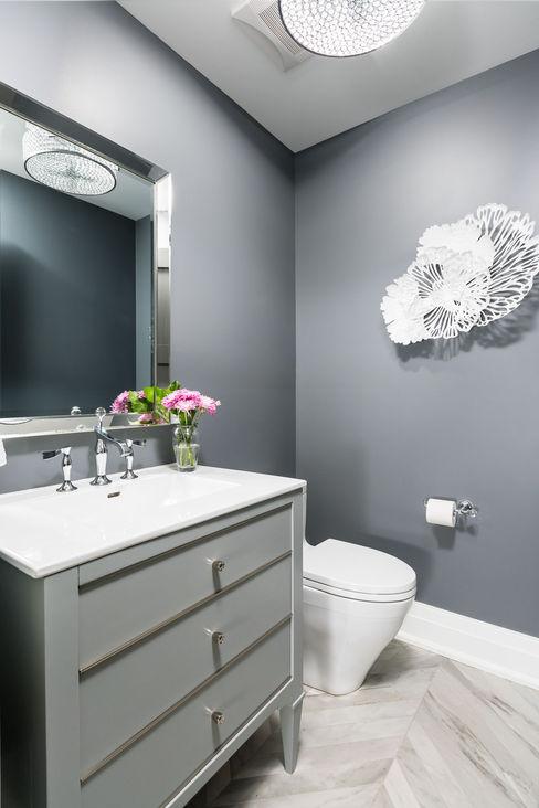 Frahm Interiors Ванна кімната Сірий