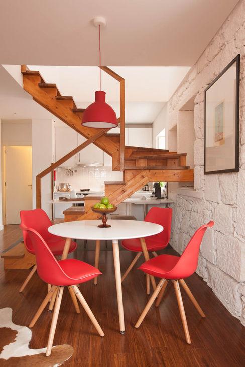 Apartamentos Rua de Trás - Alojamento turístico (7 apartamentos) - Centro do Porto ShiStudio Interior Design Salas de jantar escandinavas
