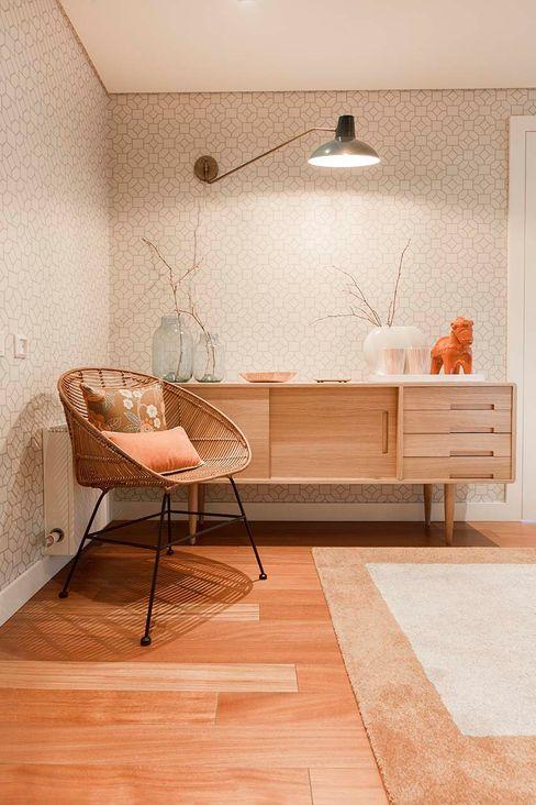 Apartamento Edifício do Parque - T4 MATOSINHOS ShiStudio Interior Design Corredores, halls e escadas escandinavos