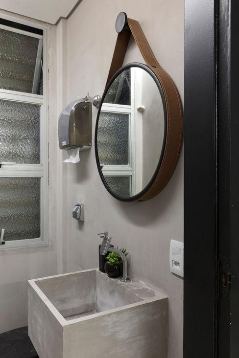 WC Sala de Espera Semíramis Alice Arquitetura & Design Espaços comerciais modernos