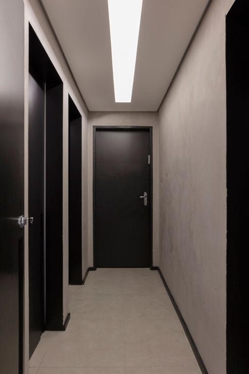Circulação Interna Semíramis Alice Arquitetura & Design Edifícios comerciais modernos