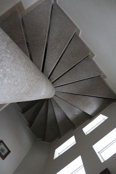 Escalera de concreto Arquitectura Orgánica Viviana Font Escaleras