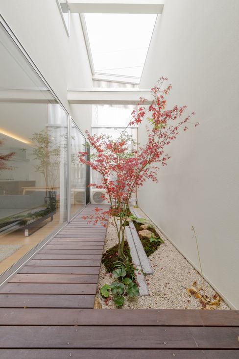 一級建築士事務所 株式会社KADeL Taman zen Batu Multicolored