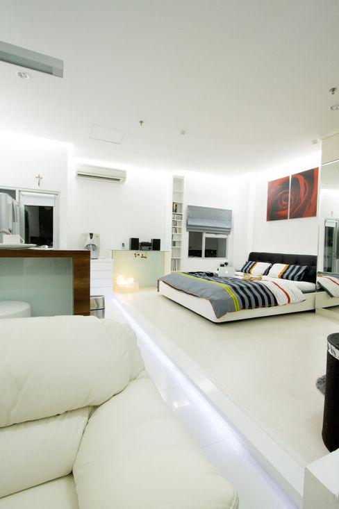 LIVING THE OPEN PLAN APARTMENT @ SEASON CITY, WEST JAKARTA PT. Dekorasi Hunian Indonesia (DHI) Kamar Tidur Modern