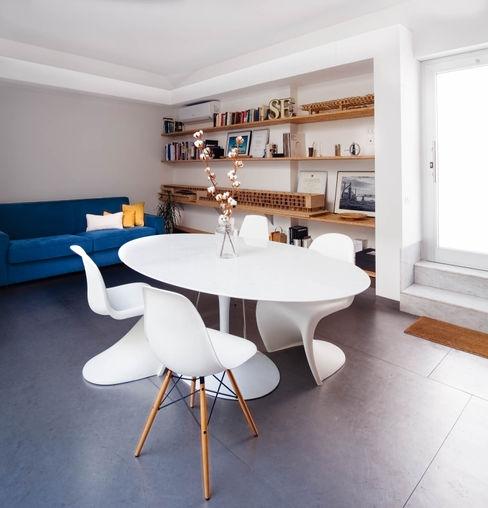 Sala riunioni / pranzo manuarino architettura design comunicazione Sala da pranzo minimalista Ferro / Acciaio Bianco