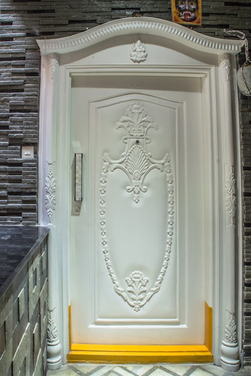 Residence homify Minimalist style doors