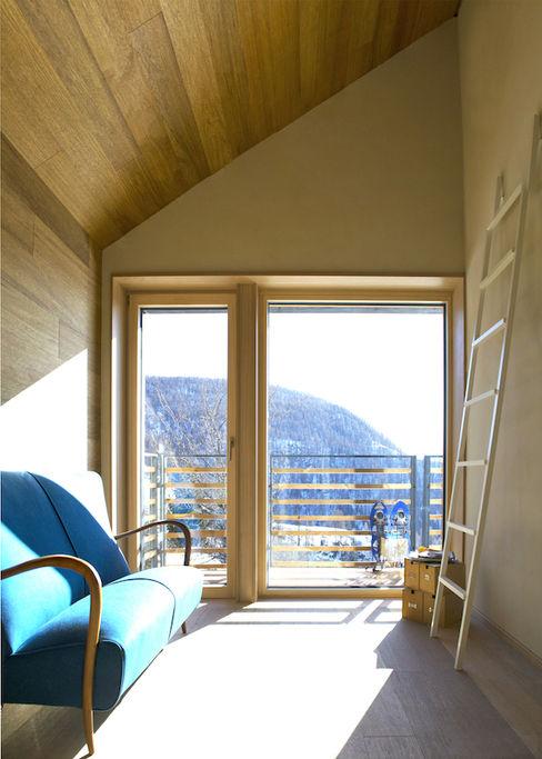 Casa in paglia a Chamois: benessere in alta montagna Novello Case in Legno Pavimento Legno Marrone