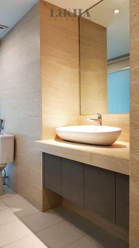 Likha Interior Moderne badkamers Multiplex Grijs
