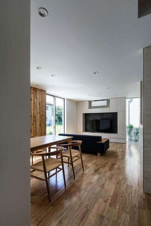 松岡淳建築設計事務所 现代客厅設計點子、靈感 & 圖片