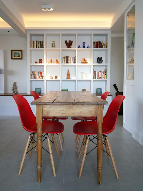 Sala de Jantar Arquitetura Ideal Salas de jantar modernas Madeira maciça Vermelho