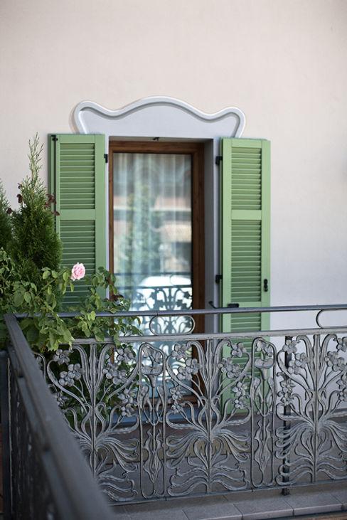 Studio Architettura Macchi Classic style windows & doors