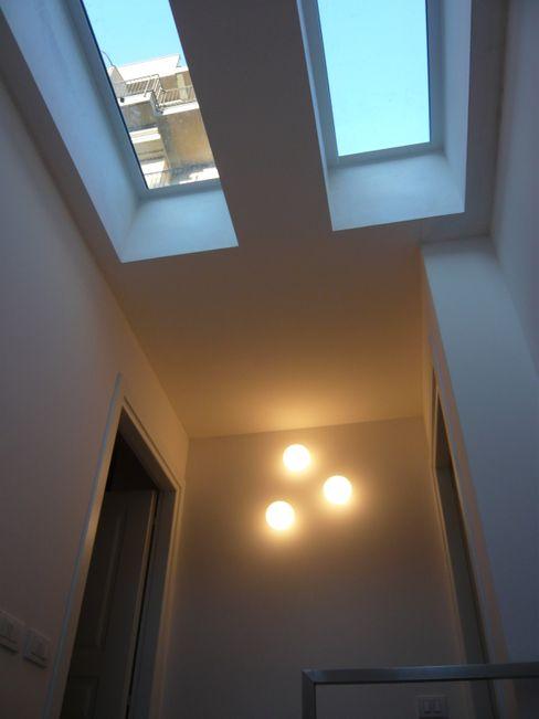 SBARCO SCALA Studio Architettura Macchi Finestre & Porte in stile moderno