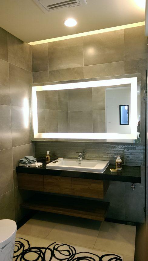 主臥浴室鏡櫃 houseda 浴室 合板 Wood effect