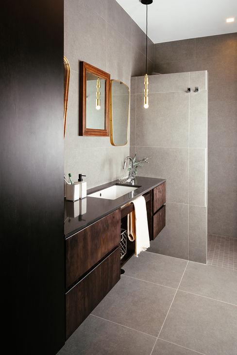 Bagno con doccia manuarino architettura design comunicazione BagnoBagno di servizio