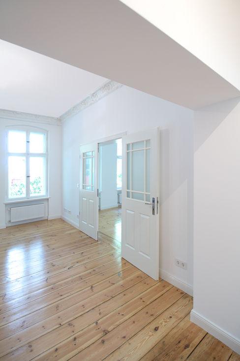 Holzeco GmbH | Haus- & Wohnungssanierung | Komplettsanierung von A - Z Classic style living room