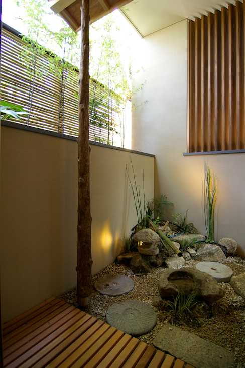 Sデザイン設計一級建築士事務所 Eclectic style gardens Stone Green