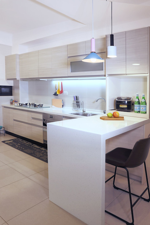 扎西德勒-空間優化的北歐簡約風透天厝 酒窩設計有限公司 Dimple Interior Design 廚房 塑木複合材料 White