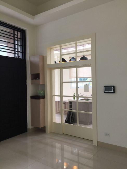 自地自建案 南台灣透天建築 艾莉森 空間設計 餐廳 White