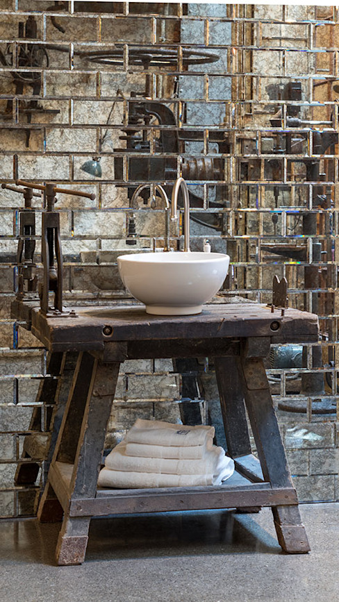 Traditional Bathrooms GmbH Industrial style bathroom