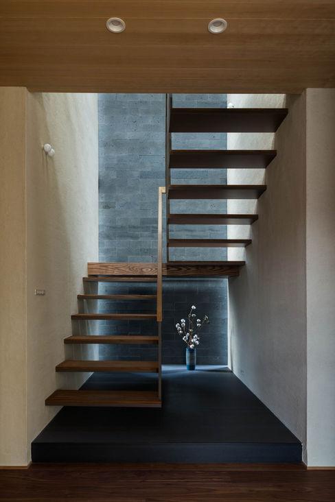 つくばの住宅 株式会社 上町研究所 階段 石 灰色