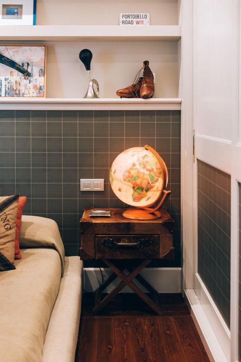 Reformar y redecorar una casa en la coruña LUCIA PARGA INTERIORISTA Dormitorios de estilo clásico