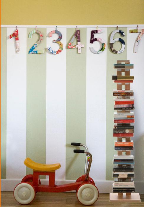 Le zie di Milano BedroomWardrobes & closets Solid Wood