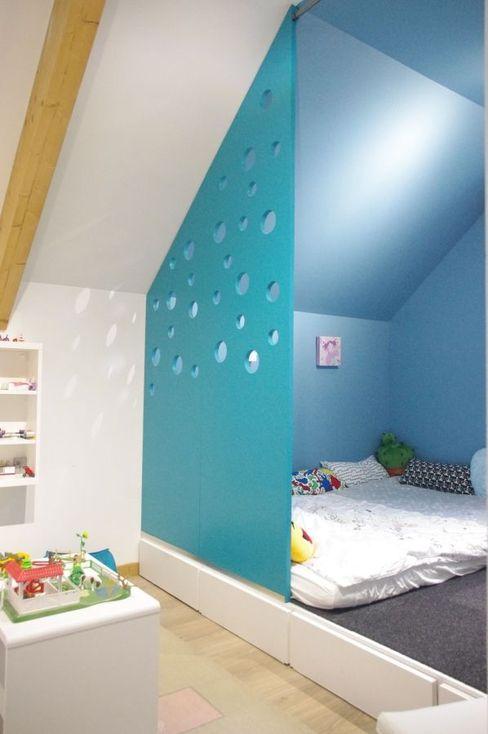 espace nuit et jeux chambre enfant Mon décorateur privé - MDP Chambre fille Bleu